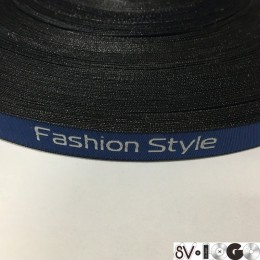 Этикетка жаккардовая вышитая лента Fashion Style 10мм синяя белые буквы (100 метров)
