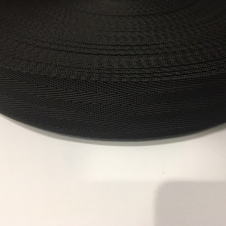 Тесьма-лента ременная производство 40мм черная зигзаг (50 метров)