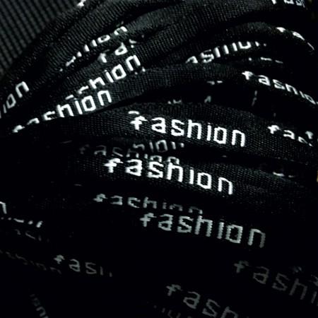 Шнур круглый с логотипом  fashion 6 мм черный (метр )